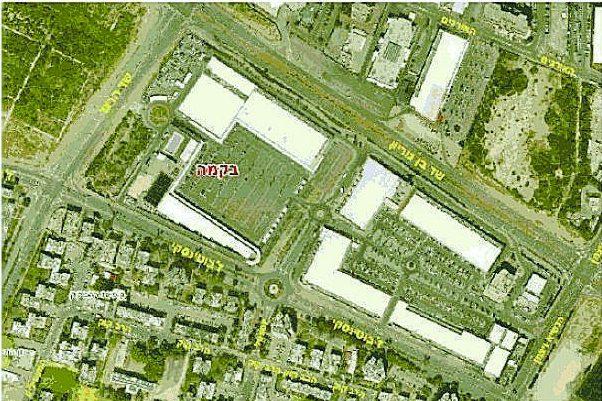 צילום אויר של מתחם הסטאר סנטר. משמאל הרצועה שבה מתוכנן הפרויקט: מתוך העתירה הקודמת