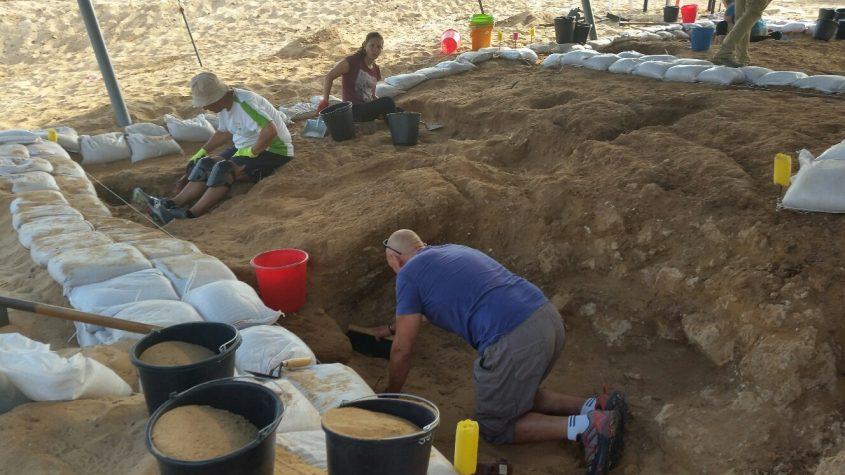 חפירות ארכיאולוגיות תל אשדוד ים