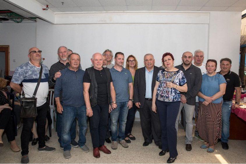 """איחוד ראשון ב""""רחוב הרוסי"""": סופר הולך עם גיטרמן"""