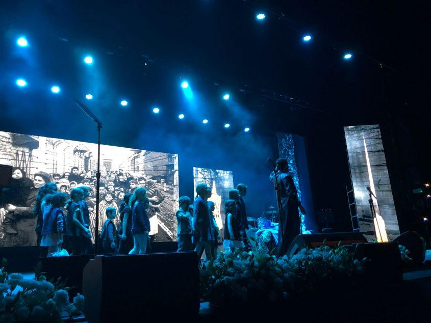 ערב יום השואה, הטקס המרכזי במשכןו לאמנויות הבמה. צילום: שמואל דוד