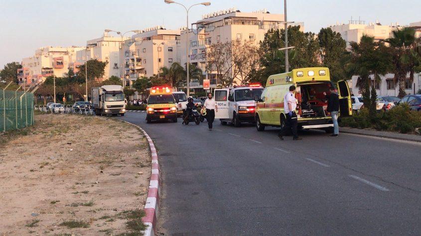זירת התאונה ברח' יהודה הנשיא. צילום: דודו חן