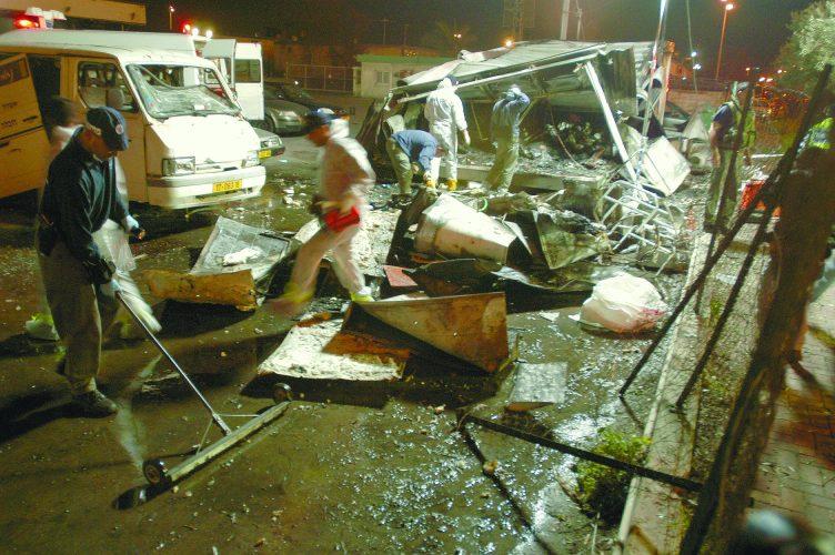 זירת הפיגוע בנמל אשדוד. צילום: ניר כפרי