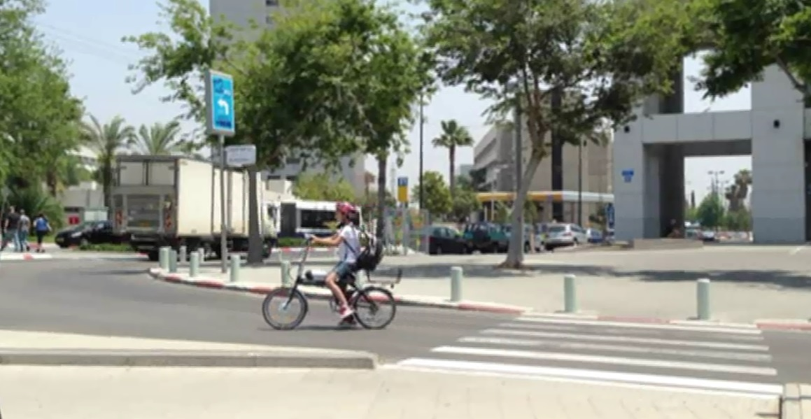 אופניים חשמליים. צילום:אור ירוק