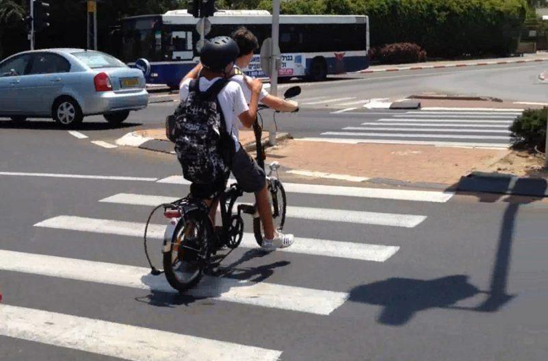 אופניים חשמליים. צילום: אור ירוק
