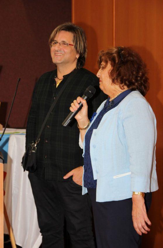 דואק עם אמו. צילום: שוקי אלישע