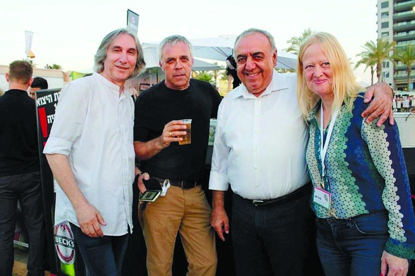 צוות ההנהלה והפקה של פסטיבל מדיטרנה: סיגל ראש, מוטי מלכא, דודו זרזבסקי ואבי חן. צילום: חנבו תקשורת