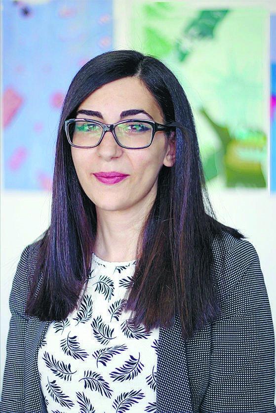 """שרון ישראל אוצרת התערוכה """"לוחמת"""" לזכר הדס מלכא"""