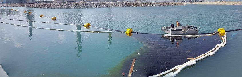כתם השמן בים. צילום: פרד ארזואן, המשרד להגנת הסביבה