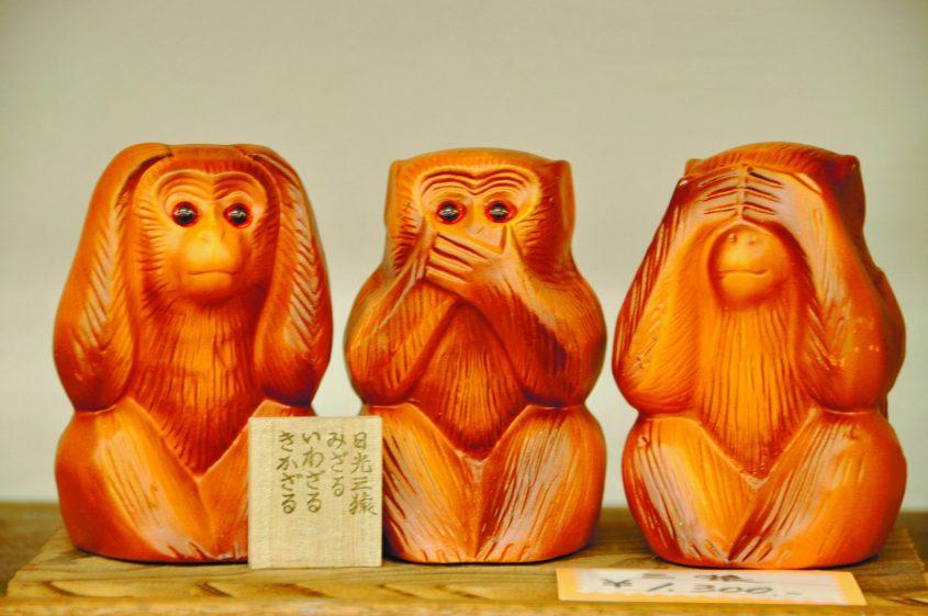 שלושת הקופים. המקור שונה מהמשמעות המקובלת כיום. צילום: מתוך ויקיפדיה