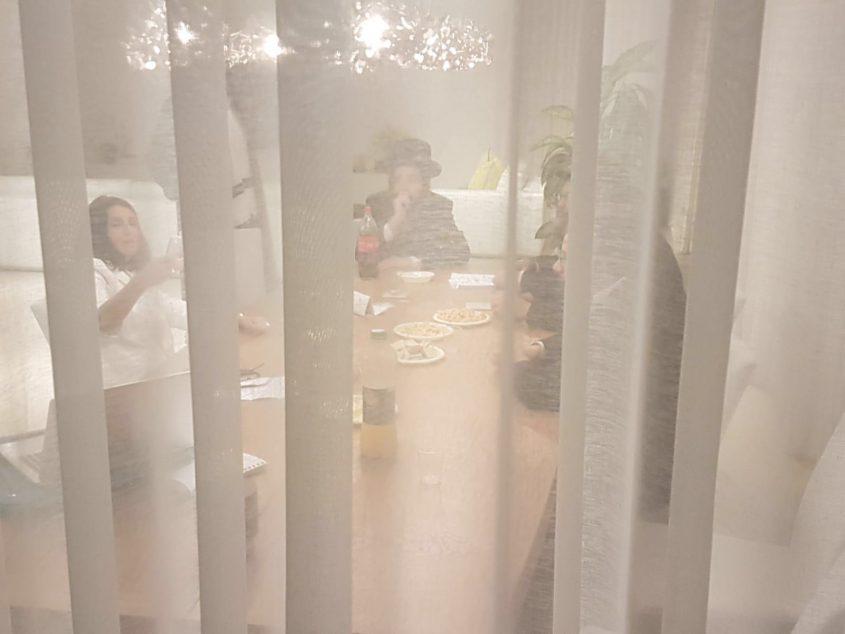 גלבר במפגש עם תושבים חרדים באזור ז' הבוקר