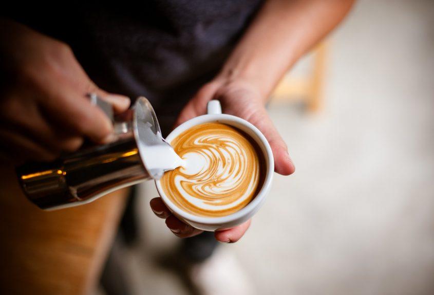 """משאל """"הקפה של אשדוד"""" (מאגר תמונות: Shutterstock)"""