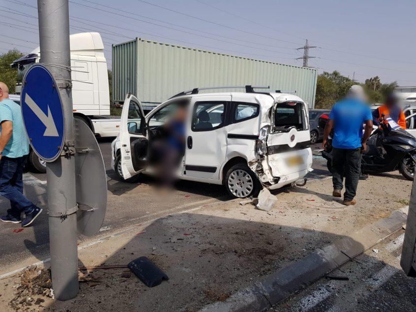 תאונה בצומת בני דרום, צילום: דוברות איחוד הצלה