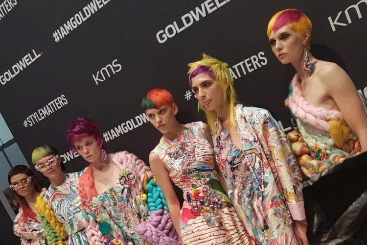 מעצב השיער מיכאל אוחיון בתערוכת מעצבי שיער xl 2018 בלונדון. צילום: מיכאל אוחיון