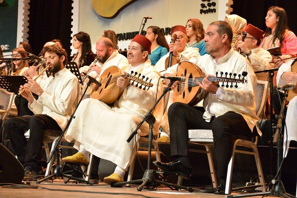 האנדלוסית אשדוד במופע הפתיחה בפסטיבל בקזבלנקה, מרוקו. צילום: מייק אדרי