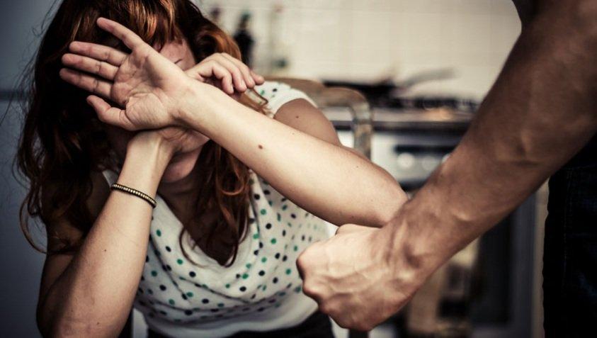 אילוסטרצייה אישה מוכה. צילום אילוסטרציה: א.ס.א.פ קריאייטיב INGIMAGE