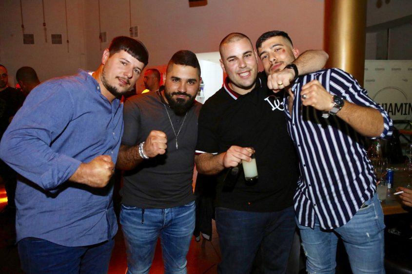 עומר לוי וחבריו ממועדון ״נוקאוט״. צילום: פבל