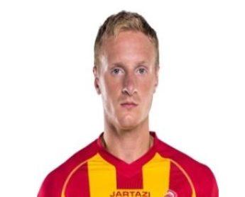 סטניסלב סטס גולדברג מאתר ההתאחדות לכדורגל כששיחק במדי מ.ס אשדוד