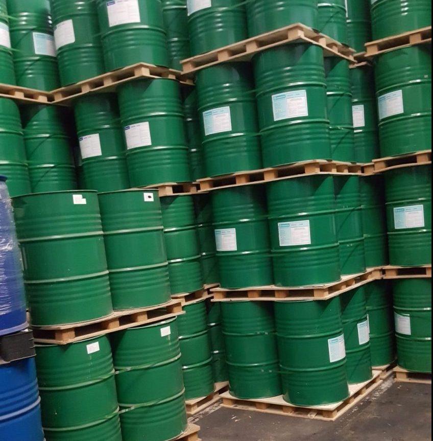 """חביות חומרים מסוכנים במפעל """"פוליאול"""" צילום: לילך פדלון המשרד להגנת הסביבה"""