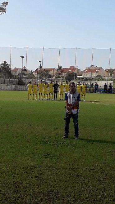 השחקנים הצהובים. צילום: בן אקג'ני