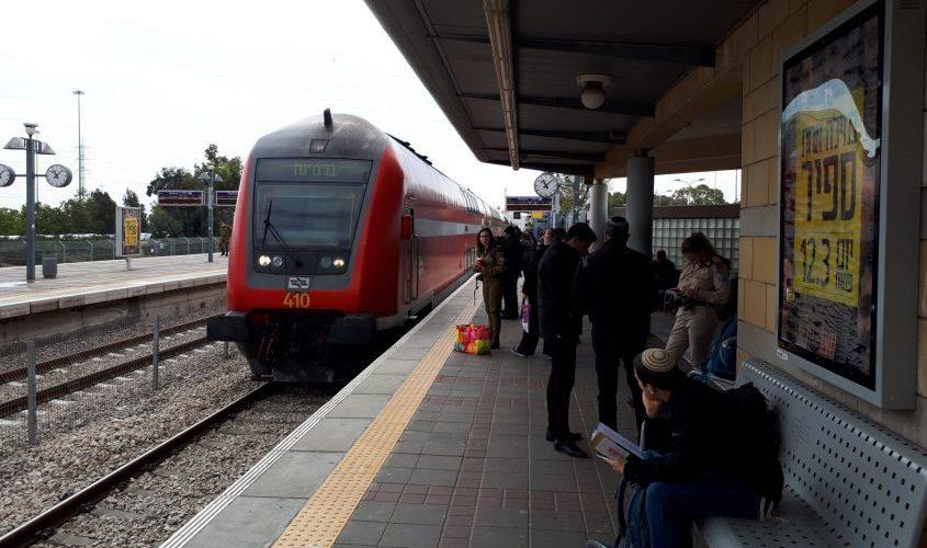 התנועה נעצרה. תחנת רכבת עד הלום באשדוד בשבוע שעבר. צילום: דור גפני