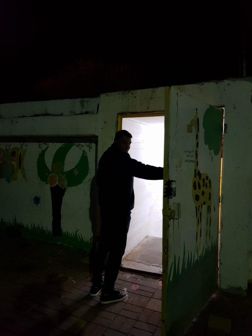 פתיחת מקלט הערב באשדוד. צילום: עיריית אשדוד