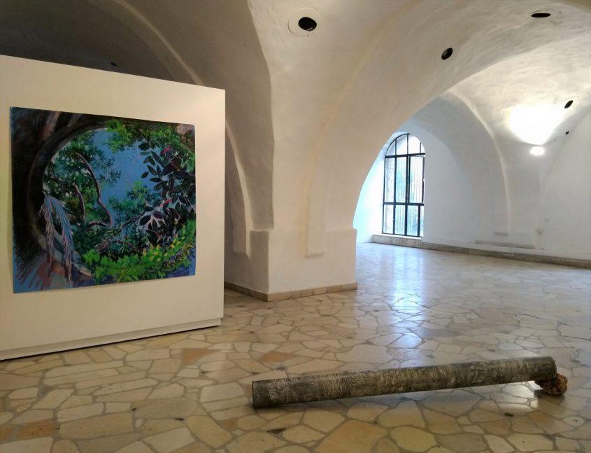 """מתוך התערוכה """"חצר אחורית"""" של דיאנה קוגן. צילום: זוהר רון"""