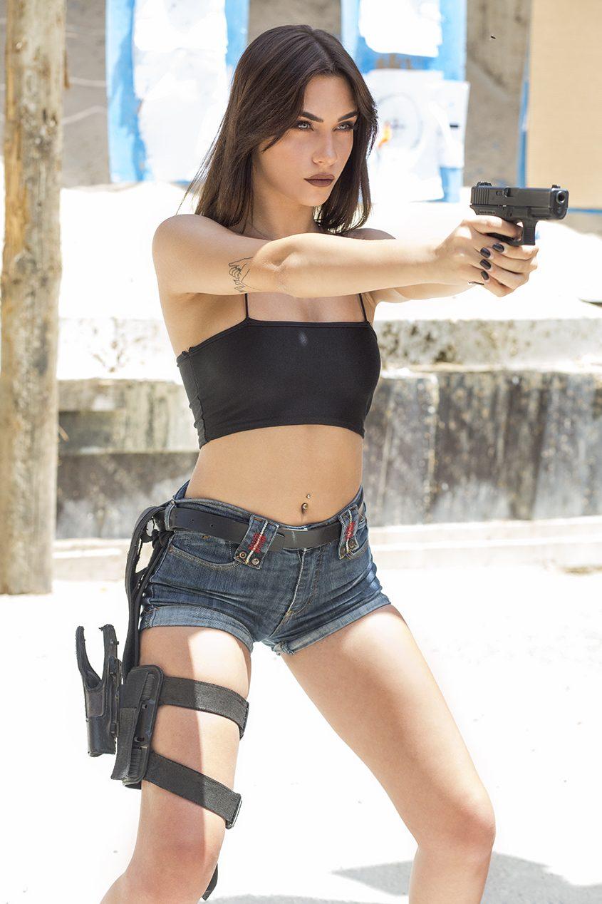 עדי טל במטווח ירי אשדוד. צילום: פבל