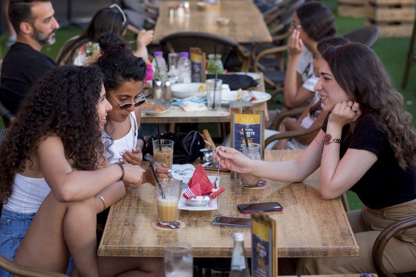 מסבית קיץ בפאזל. צילום: פבל