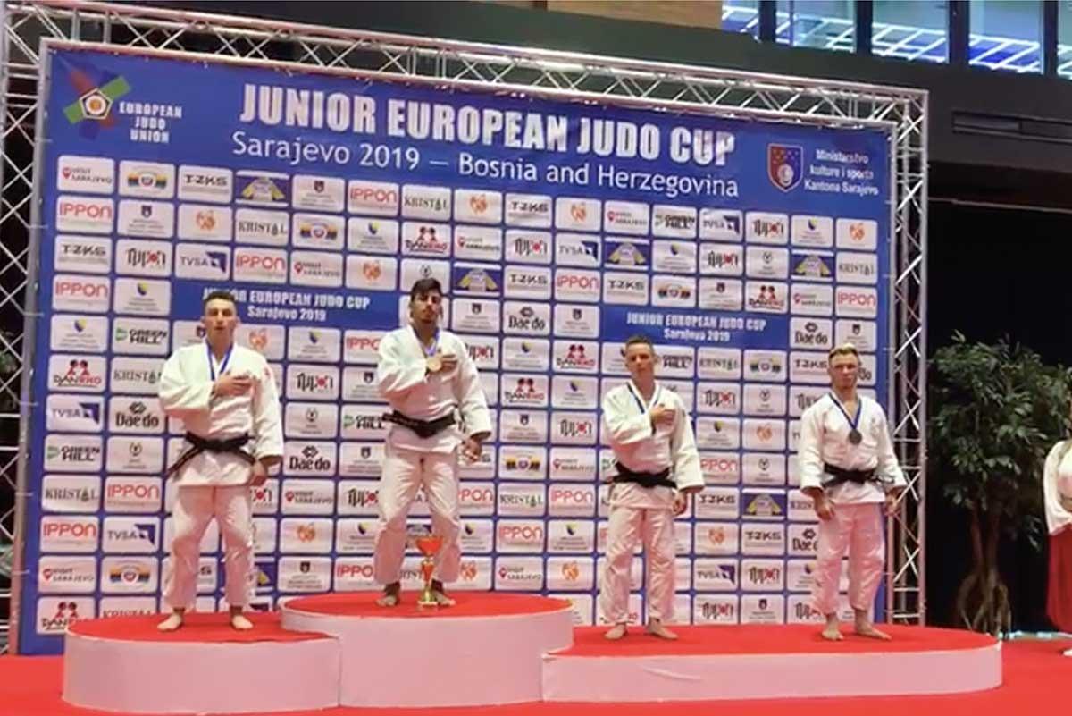 מתן קוקלייב זכה במדליית הזהב בסרייבו.