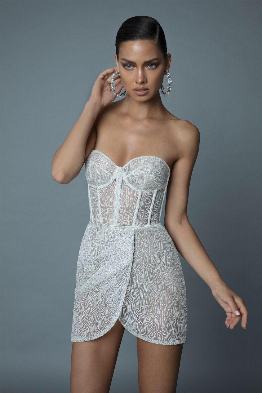 """שמלת ערב בעיצוב של """"ברטה"""" קולקציית 2018-19. צילום: דודי חסון"""