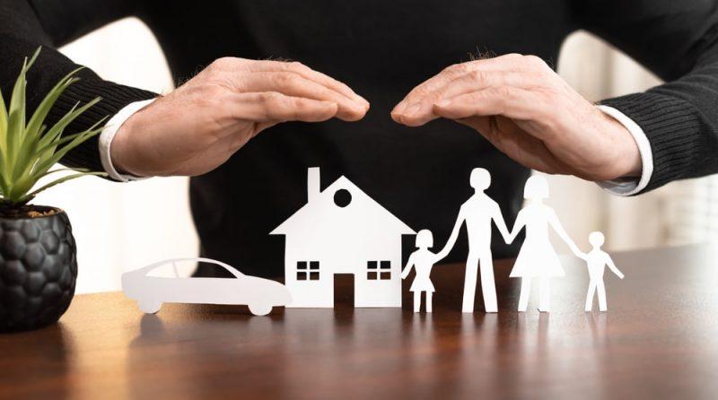 סוכני ביטוח באשדוד. תמונה ממאגר shuttterstock, צילום: thodonal88