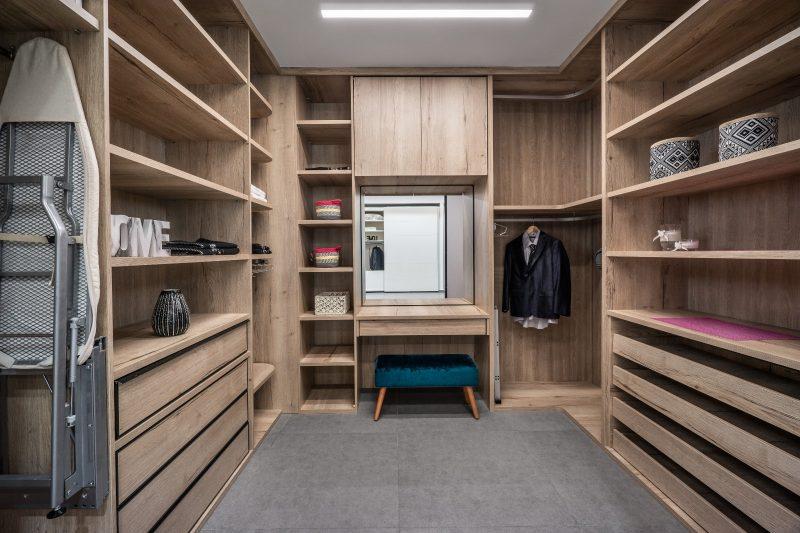 הארונות מיוצרים מחומרי גלם איכותיים במיוחד. צילום: ליאור שניידר