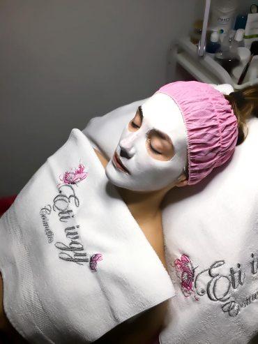 טיפולי פנים מפנקים מבית אתי איבגי-כהן. צילום עצמי