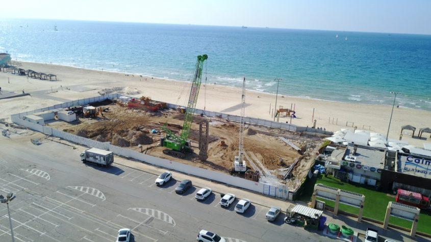 שניים התנגדו: אושרה הגדלת והגבהת המלונות בחוף לידו כ-70 מ' מקו המים
