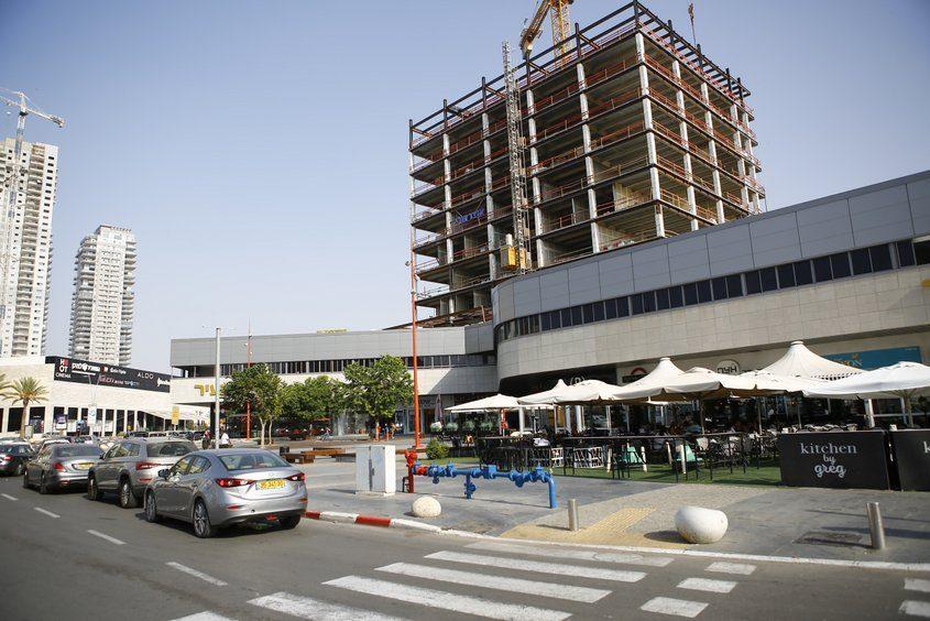 מתחם גן-העיר, סיטי אשדוד. צילום: פבל