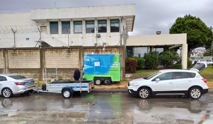 ניידת מספר 2 של המשרד להגנת הסביבה במיקומה החדש באזור התעשייה הצפוני של אשדוד. צילום: איליה לוין, המשרד להגנת הסביבה