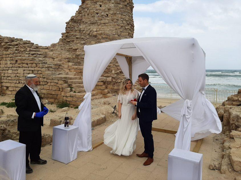 אי אפשר לעשות חתונה באולם? אז נישאים במצודה