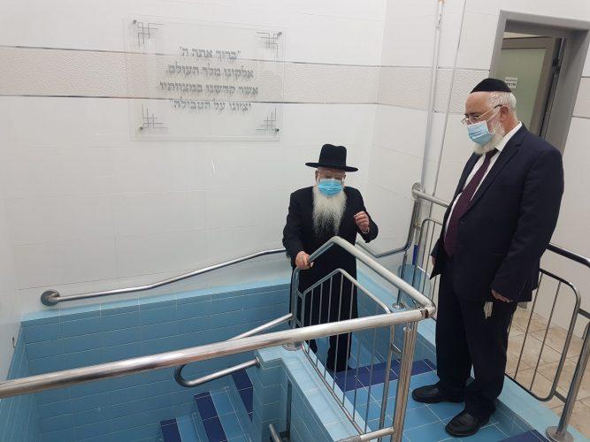 הרב חיים פינטו והרב דהן. צילום: מועה״ד אשדוד