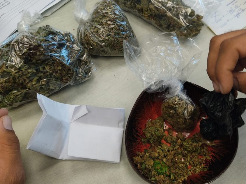 תפיסת סמים. צילום: דוברות המשטרה