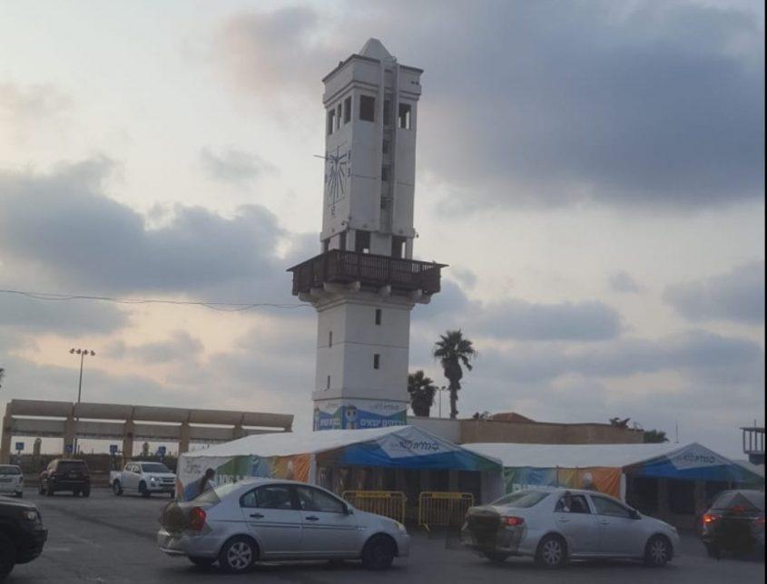 על ראש המגדל ניצב התרנגול - לאן הוא נעלם? צילום: יונתן בן דוד