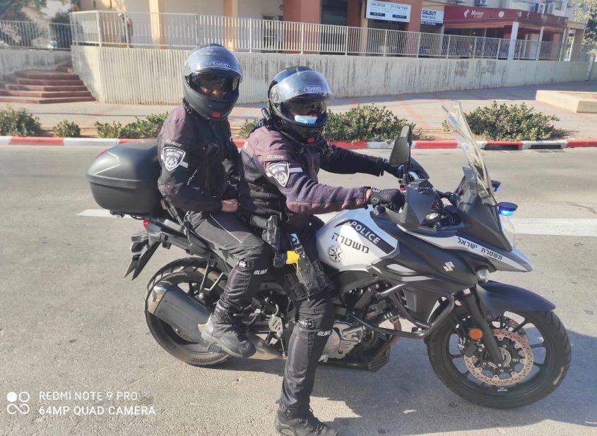 שוטרי יחידת האופנועים בתחנת משטרת אשדוד. צילום: דוברות המשטרה