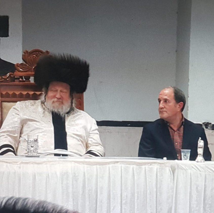 """ד""""ר לסרי והאדמו""""ר. צילום: דוברות עיריית אשדוד"""