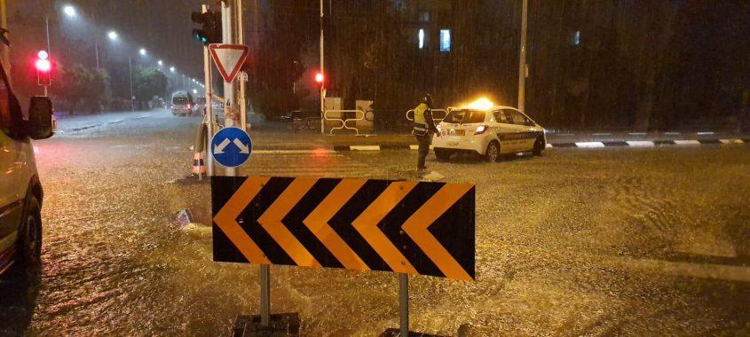 כביש חסום הלילה. צילום: עיריית אשדוד