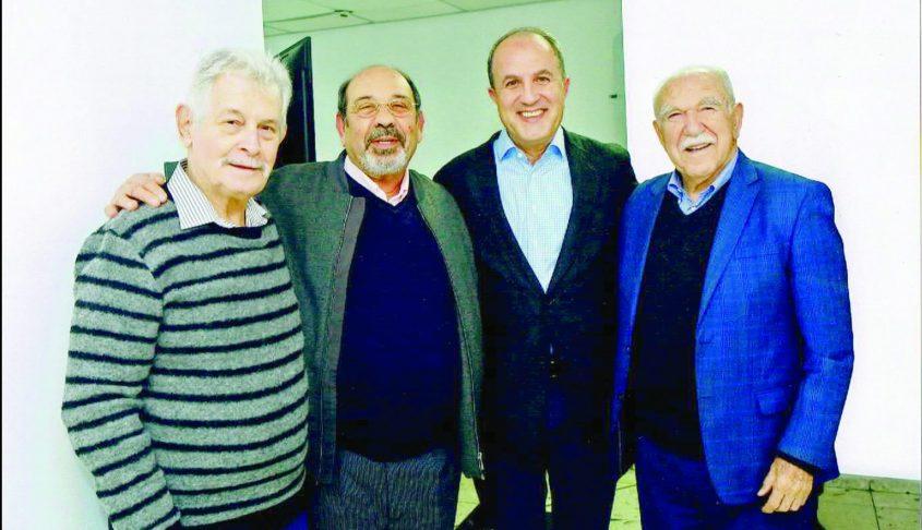 """מנחם גלילי, שני משמאל, עם ראשי עיריית אשדוד: ד""""ר אריה אזולאי, ד""""ר יחיאל לסרי וצבי צילקר. צילום: פבל -1"""