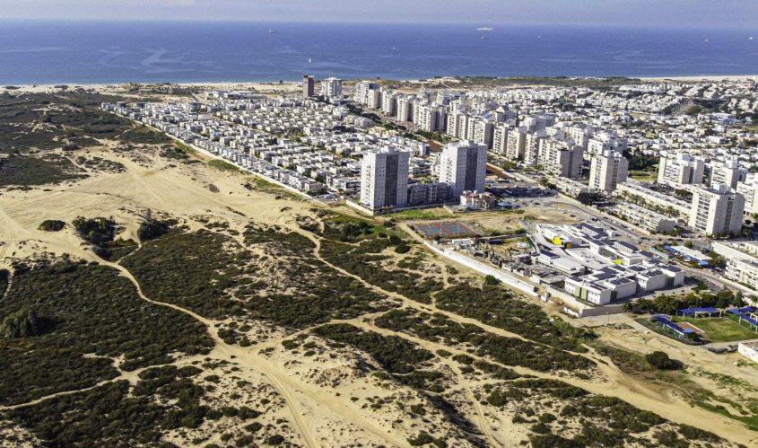 """שטח השמורה לצד רובע י""""ז. צילום: בועז רענן"""