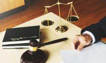 עורך דין צוואה באשקלון. צילום: א.ס.א.פ קריאייטיב / INGIMAGE