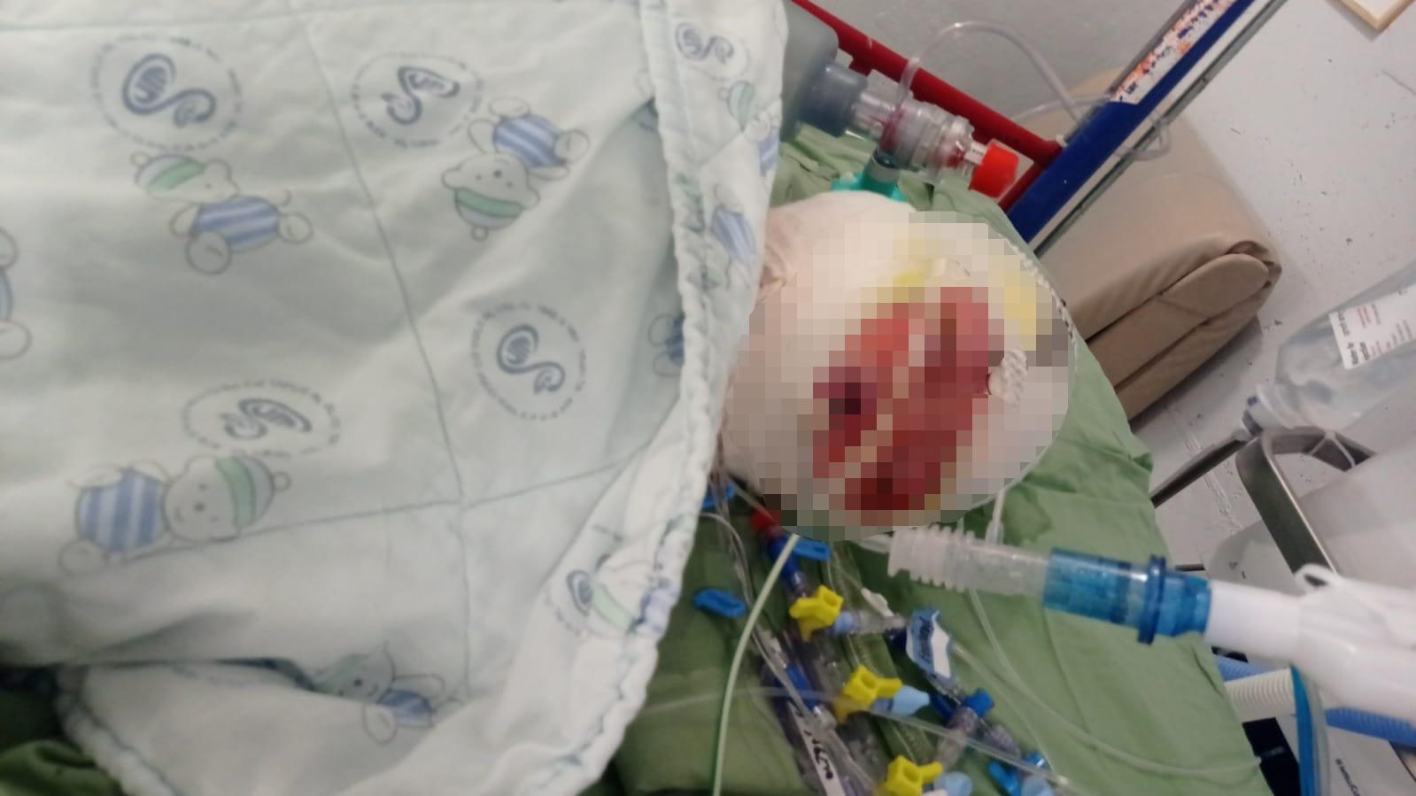 התינוקת בבית החולים