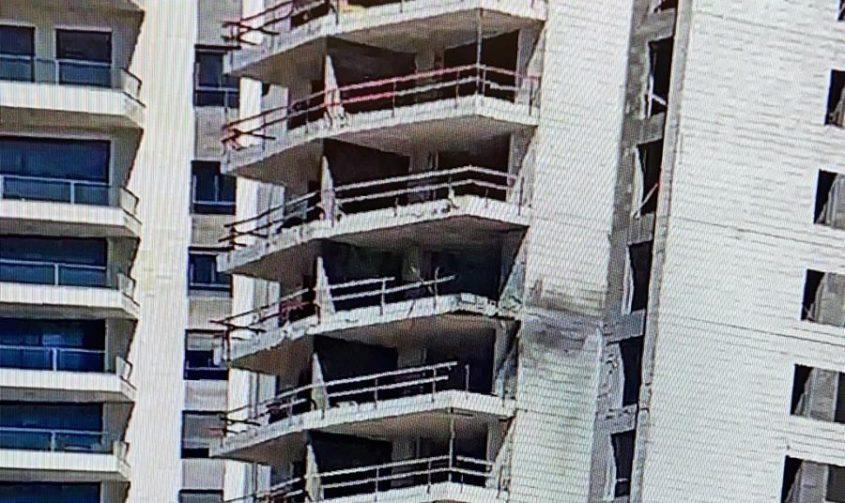 הבניין שנפגע. צילום: שמואל דוד