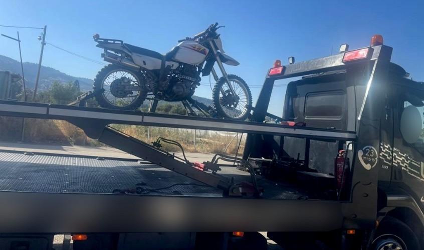 האופנוע שנתפס. צילום: דוברחת המשטרה