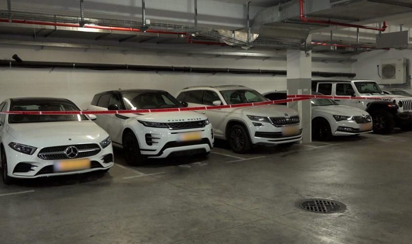 רכבי היוקרה שנתפסו. צילום: דוברות המשטרה